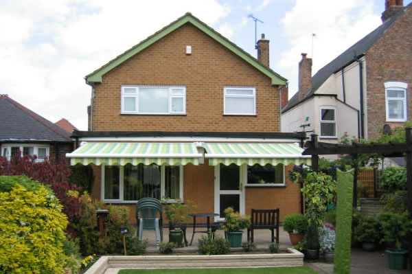 made to measure awning company