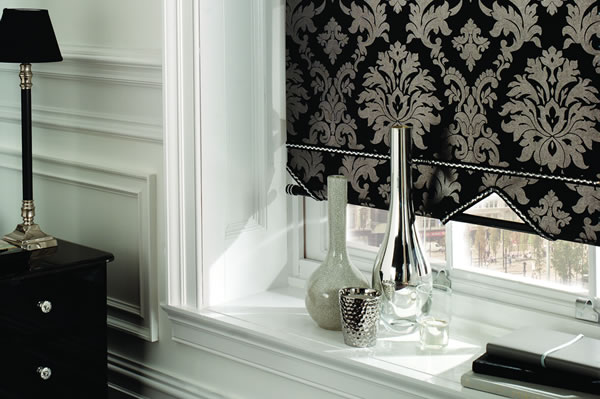 made to measure roller blind