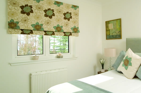 derby made to measure roman blinds