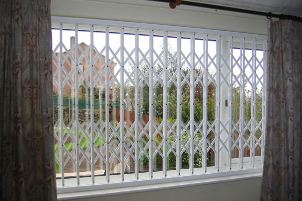 security grilles derby
