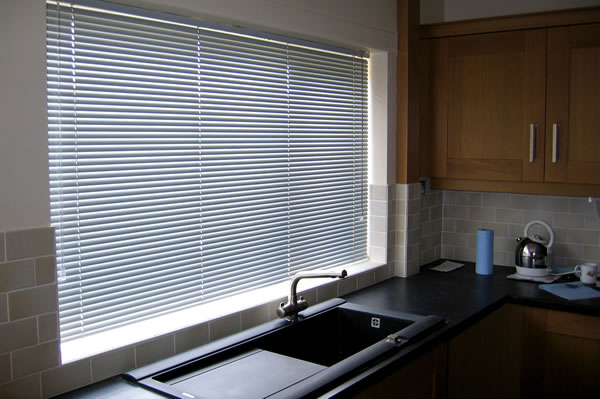 made to measure venetian blinds derby